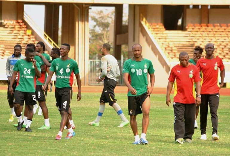 DEDEANDREW AYEW (NO 10 ) LEADS GHANANIAN TEAM PLAYERS AFTER TRAINING AT KASARANI-DAVID NDOLO