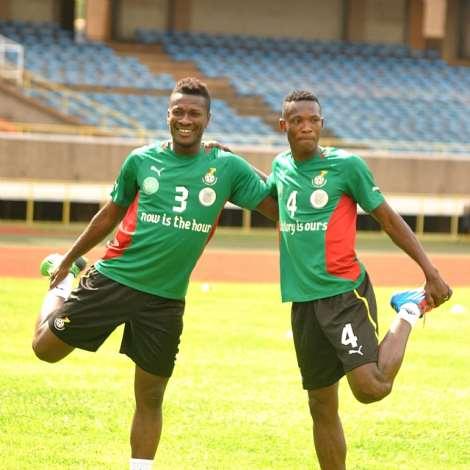 ASAMOAH GYAN AND JOHN PAINTSIL GHANA NATIONAL SOCCER STARS WARMING UP AT KASARANI STADIUM-DAVID NDOLO