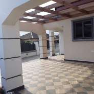 Luxurious 3 bedrooms house for sale in Accra