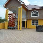 Executive 5 bedrooms house for sale