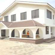 Executive 7 bedrooms house for rentals at East leg