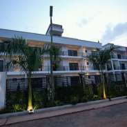 Luxurious 2 bedrooms furnished apartment for renta