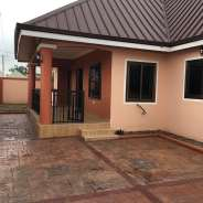 Newly built 3 bedrooms houses for sale at lakeside