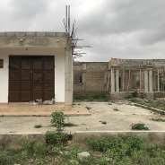 Uncompleted 3 bedroom house on 80/100ft land