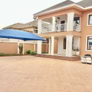 Executive 4 Bedroom House with Pool at East Legon