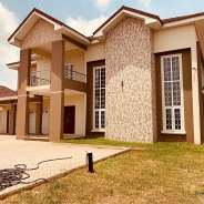 Newly built 5 bedrooms 1 boys with pool for sale