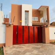 4 bedrooms house 1 boys quarters for rent at East