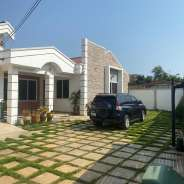 FURNISHED & EXECUTIVE 4 MASTER BRM AT NEW APLAKU /