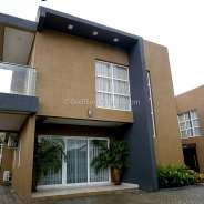 4 Bedroom Townhouse renting in Labone.