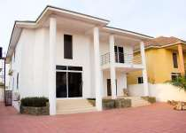 executive 6 bedroom house for sale.