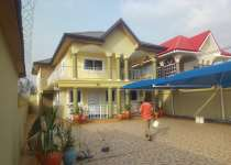 5Bedrms House for rent at East Legon