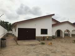 Stylish 4-bedroom House For Rent, Ashale Botwe