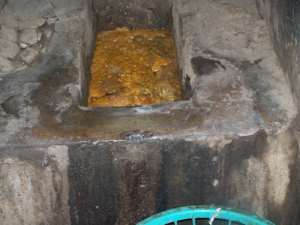 Public toilet exposes Nungua residents to danger