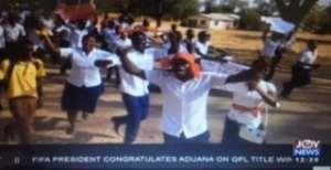 Karaga: Students Chase Teachers After Burning Mobile Phones