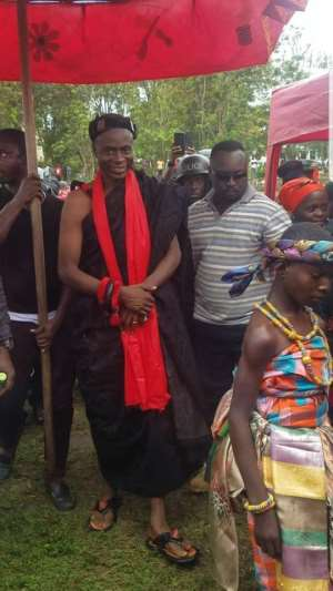 Nana Kofi Ebo IV Installed Chief Of Kakumdo, Calls On Citizens To Help Bring Development In The Area