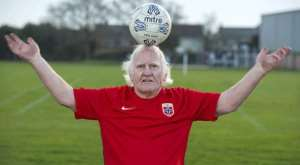 World's Oldest Footballer Dickie Borthwick Is Looking For A New Club
