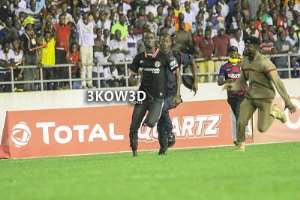 I Was On The Pitch To Take A Selfie With Thomas Partey, Says Pitch Invader