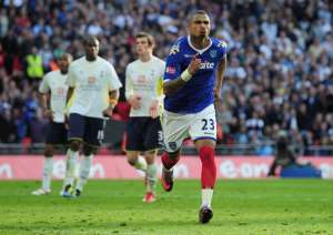 KP Boateng Included In Portsmouth Team Of The Decade