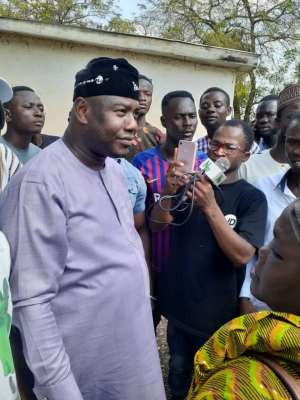 Farouk Aliu Mahama Meets Management Of Yendi Hospital