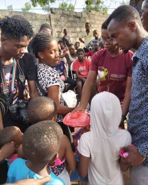 AHSA Life Donates To Street Children In Accra