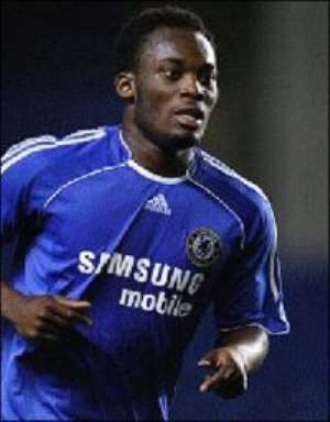 Essien is Chelsea player of the year