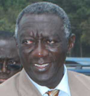 President Kufuor cautions against electing DCEs -