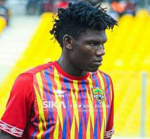 Hearts Congratulate Raddy Ovouka On Maiden Congo Call-Up