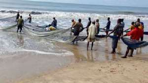 Fisheries Commission To Ban Unregistered Canoe Owners