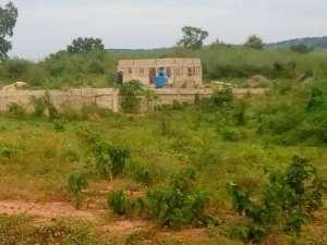 Farmers Beg Gov't To Complete Pai Katanga Warehouse