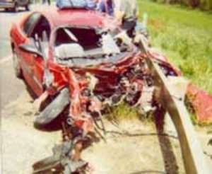 One dead and 7 injured in accident