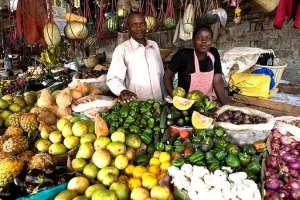 Abundant fruits mean an affordable market