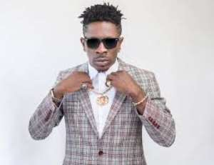 """Shatta Wale Sets Commonwealth Hall On """"Fire"""" With Nonstop Performances"""