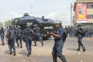 Benin: Crackdown on protests and wave of arrests fuel tense election period
