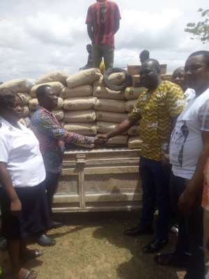 Asene Salvation Primary Gets Support As DCE Donates Cement, Iron Rods