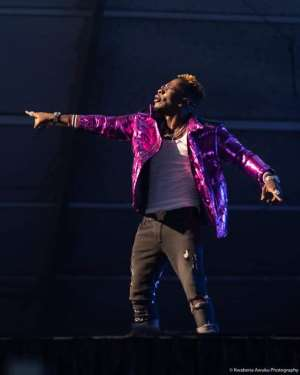 God Punish Ghanaian Bloggers; You'll Continue To Suffer – Shatta Wale [Video]