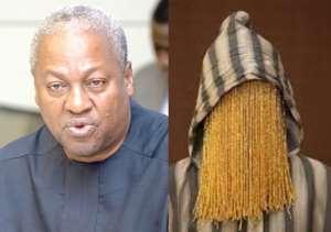 Ex-Ghanaian leader, John Mahama and investigative journalist, Anas Aremeyaw Anas