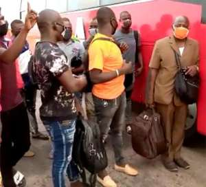 Immigration Officers Reject Ghc1,900 Bribe, Repatriate 19 Burkinabes