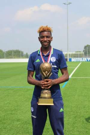 Ghanaian starlet Joselpho Barnes wins his second trophy with Schalke