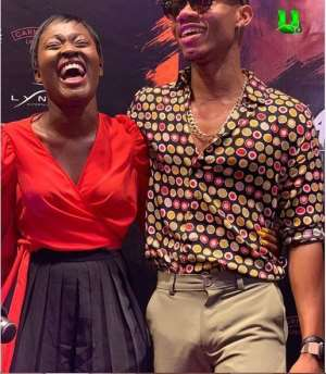 """Fella Makafui's wicked butt causes Kidi's """"something"""" to erect in a photo shoot"""