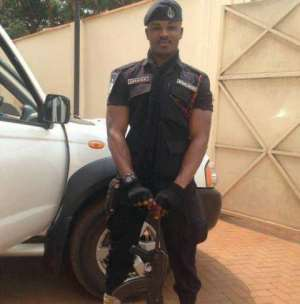 Police officer killed by unknown gunmen