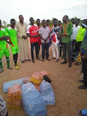 NPP Oti Regional Deputy Youth Organiser Donates To Football Galla In Krachi West