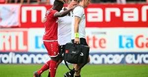 Daniel Opare Suffers Sickening Knee Injury In Pre-Season Friendly