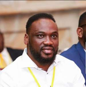 Mark Of High Spirit!! Salt FM Boss Supports Patients At Agogo Hospital After Fire Ravaged His Studio
