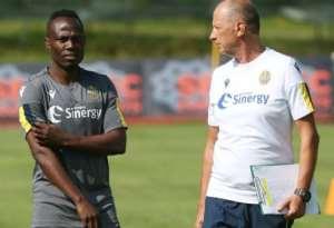 VIDEO: Midfielder Agyemang Badu Starts Training With New Side Hellas Verona