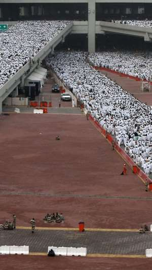Over Two Million Muslims Gather At Arafa To Perform Hajj