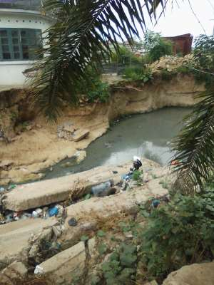 Danger looms As East Tesano Residents Appeals For Help