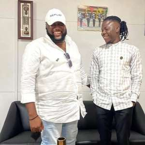 It's All Love On This Side – Stonebwoy Makes-up With AngelTown