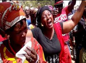 Amasaman Traders Fight Unannounced Demolition'