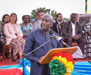 Banking Crisis Developed Under Your Watch And You Did Nothing About It – Bawumia To Mahama