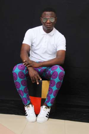 I'm A Victim Of Sex Addict — Singer D Lovers